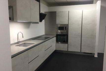 Diseñamos y montamos cocinas modernas y rústicas